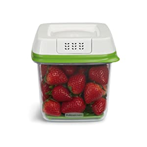 Rubbermaid FreshWorks Produce Saver Food Storage Container, Medium, 6.3 Cup, Green 1920478