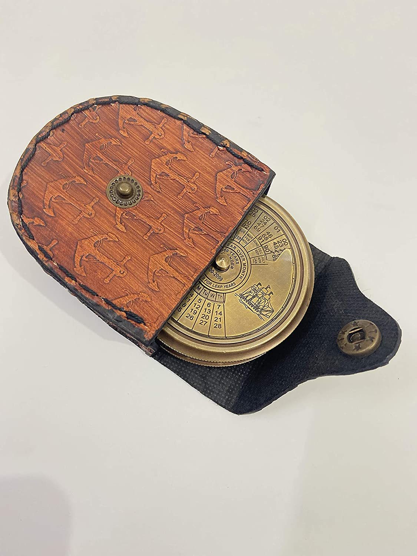 - Calendario Nautico 100 Anni Bussola in Ottone con Bella Custodia in Pelle timbrata incisa Robert Frost Poem Malla INC