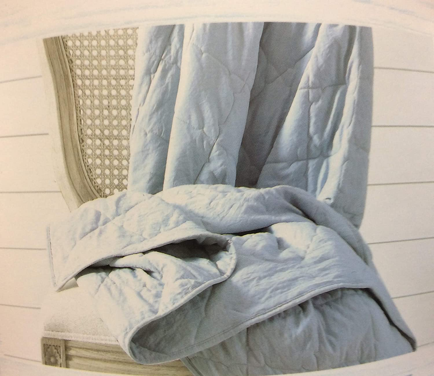 the prairie by rachel ashwell Oversized Quiled Throw GRAY