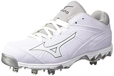 mizuno metal softball cleats