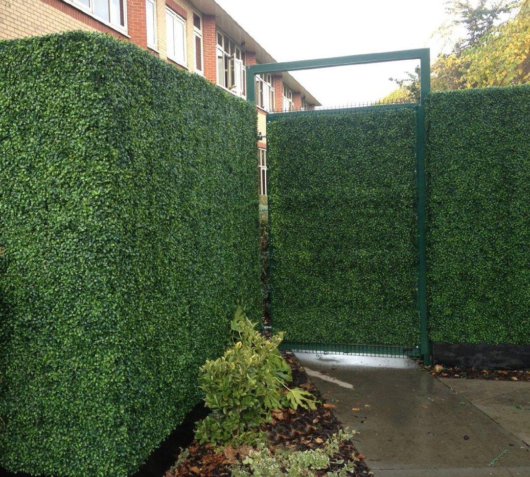 Künstliche Buchsbaum Hecke Sichtschutz Zaun zur Abschirmung