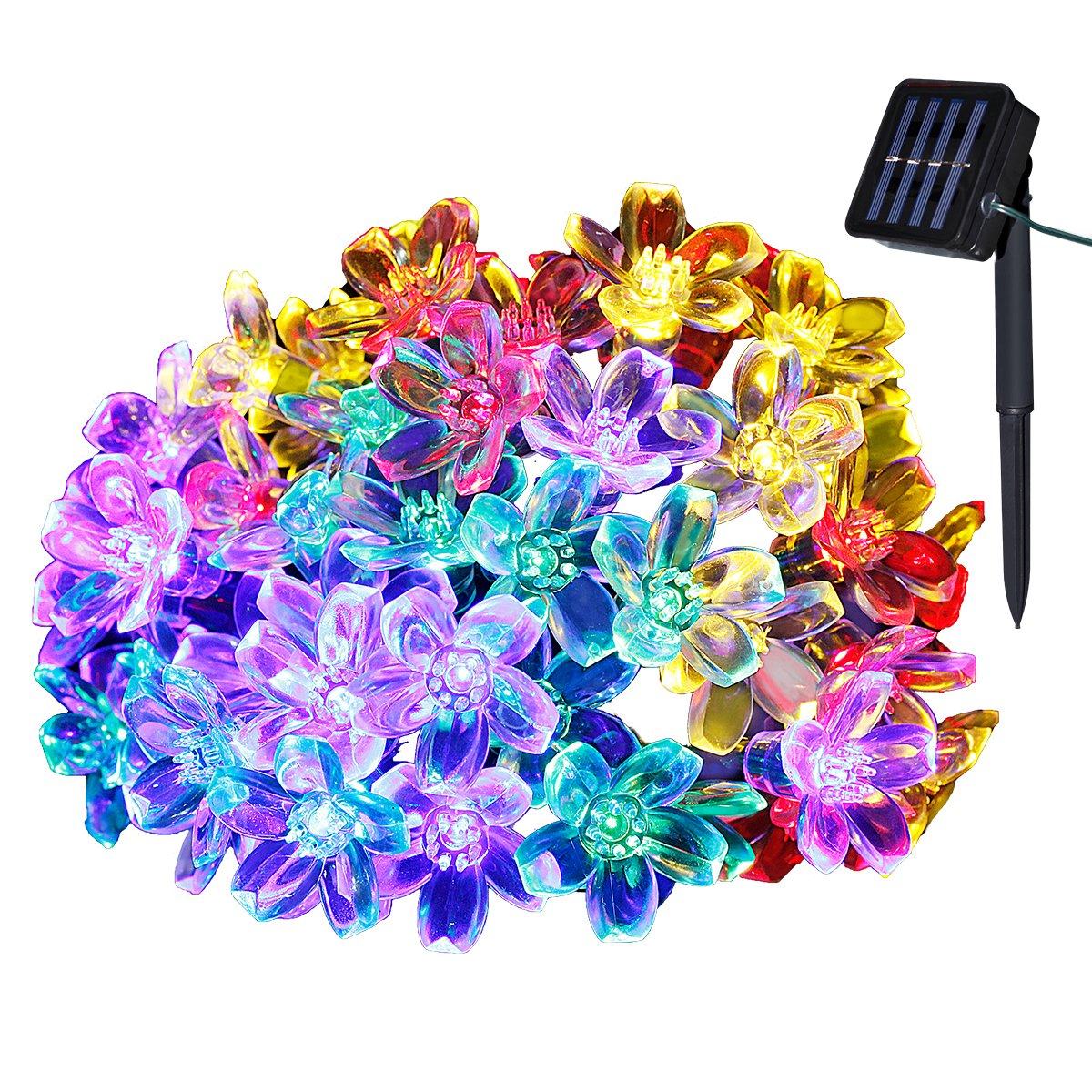 Yasolote 7M Cadena de Luz con Energía Solar 8 Modos 50 LED Impermeable de Diseño de Flor para Árbol de Navidad, Patio, Jardín, Terraza y Todas las Decoraciones Exteriores e Interiores (Colores) [Clase de eficiencia energética A++]