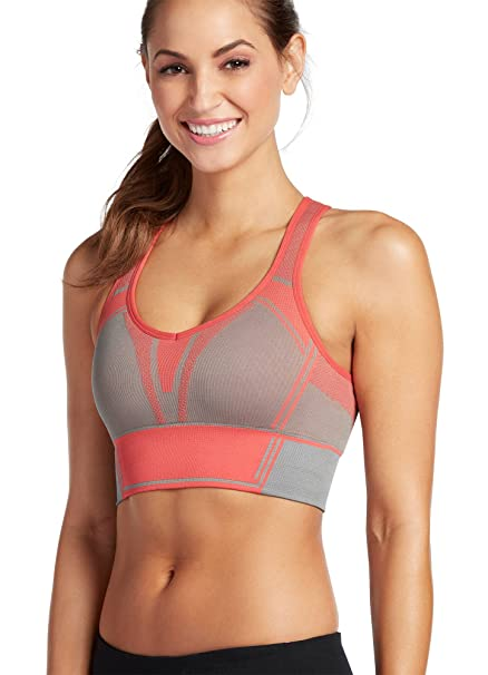 1d635a100c094 Jockey Women s Activewear Power Edge Seamfree Racerback Sports Bra at  Amazon Women s Clothing store