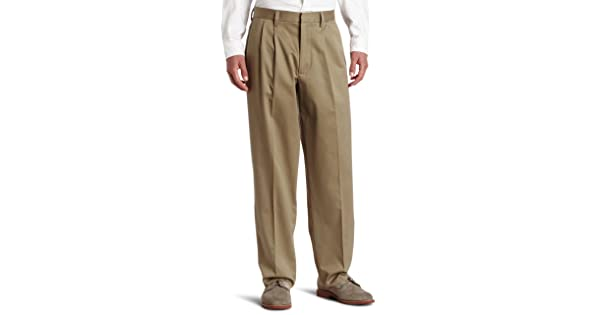 42154ac225cab Dockers Men s Relaxed Fit Signature Khaki Pants - Pleated D4