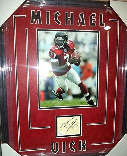 Michael Vick Atl Falcons Nfl Signed Autographed Double Matted   Framed Coa  - JSA Certified - aa5ca7a5f