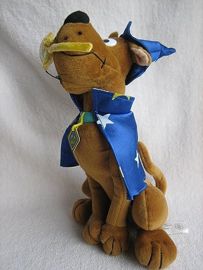 Scooby-Doo 17 Cartoon Network holding Scooby Snacks Plush