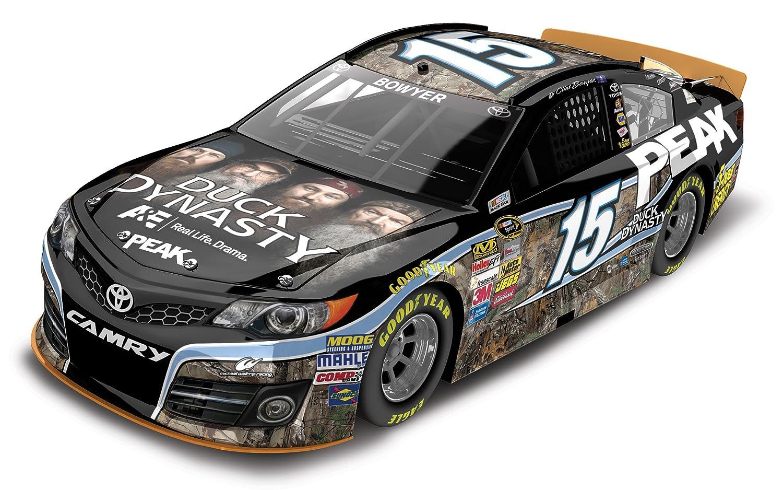Clint Bowyer 2013 Duck Dynasty  Peak Camry 1//64 NASCAR