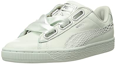 731880523e0c PUMA Women s Basket Heart Oceanaire Wn Sneaker Blue Flower