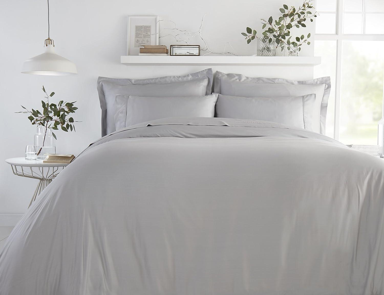 100% Bamboo Bed Linen - Luxury Duvet Cover Set - Super King - Duvet Cover, Fitted Sheet, Pillowcases (Soft Grey)