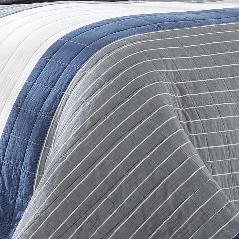 Dark Blue Full//Queen Nautica Swale Quilt