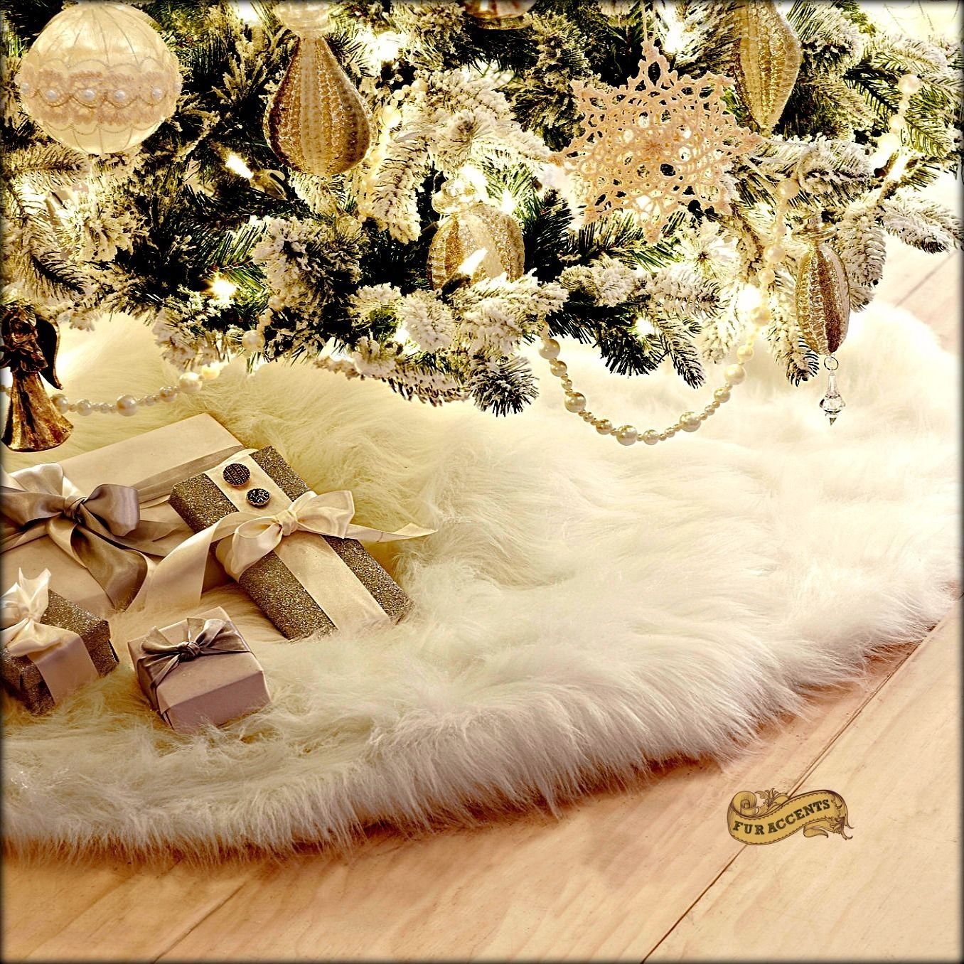 Nicole Miller Luxury Faux Fur Large 52'' Diameter Plush Tree Skirt - Eggnog Cream