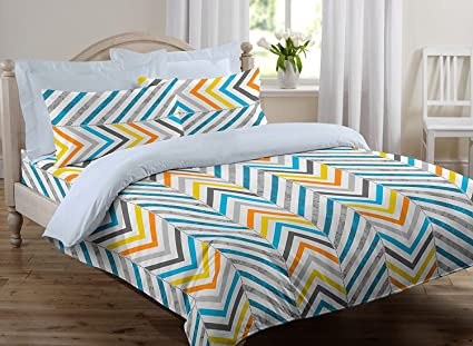 f2bcdd590da Buy Ahmedabad Cotton 144 TC Cotton Double Bedsheet with 2 Pillow ...