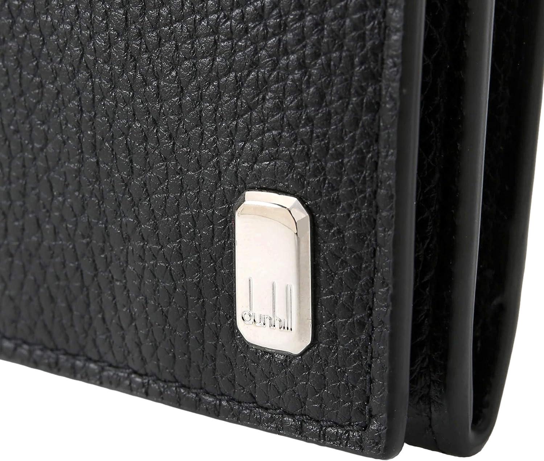外装にメタルパーツがついている財布の場合も、あくまでもアクセントの1つとして効いているぐらいの存在感が、シーンを選ばず持てるのでオススメです。