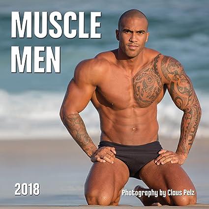 Muscled black males pooper job in gym