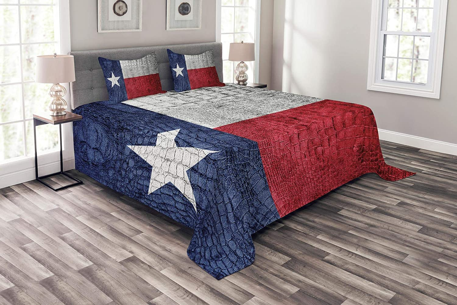 Lunarable Western Bedspread, Texas State Flag Painted on Crocodile Snake Skin Patriotic Emblem Image, Decorative Quilted 3 Piece Coverlet Set with 2 Pillow Shams, King Size, White Blue