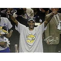 Trevor Ariza Hand Signed Autographed 22x32 Stretched Canvas LA Lakers UDA - Autographed NBA Art photo