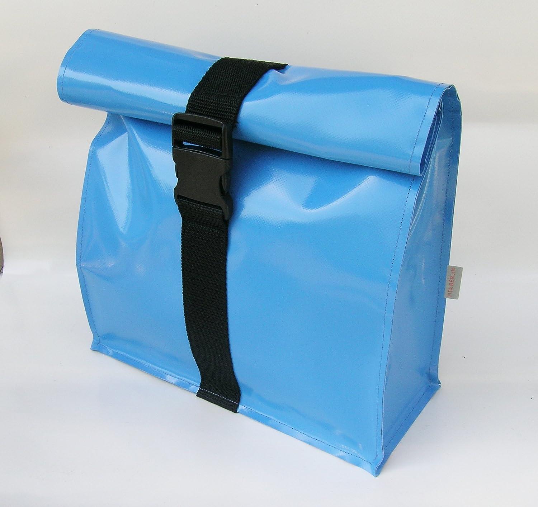 Kulturtasche XL aus LKW Plane hellblau von TITA BERLIN