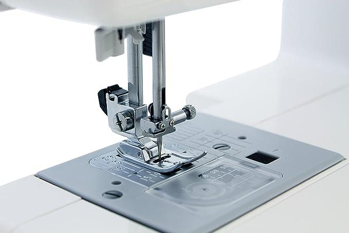 Amazon Luova SC40 Sewing Machine With Exclusive Bundle Unique Singer 5523 Scholastic Sewing Machine Amazon