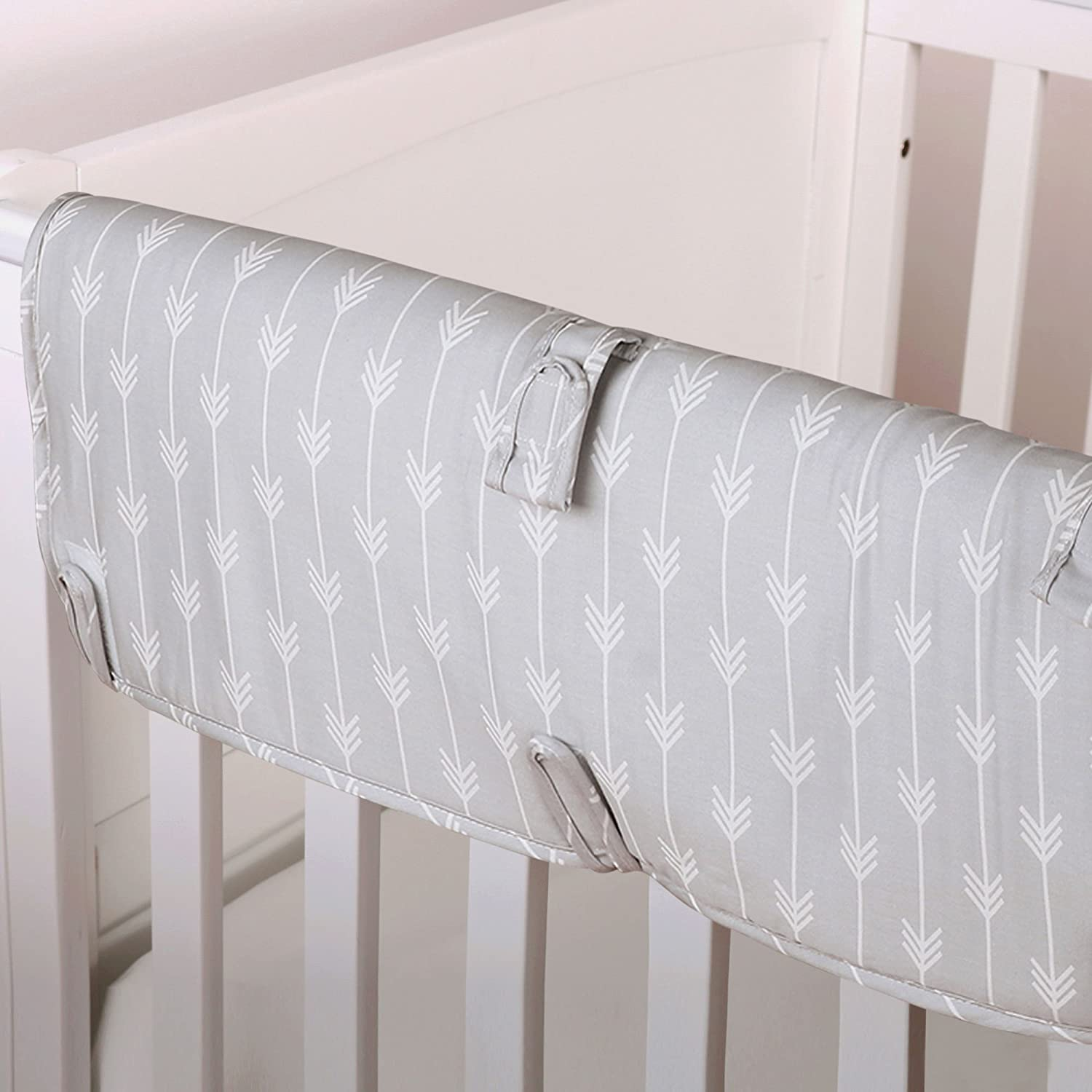 Grey Arrow Print 100/% Cotton Padded Crib Rail Guard by The Peanut Shell