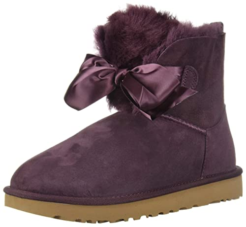 9a8724fbb21 UGG Women's W GITA Bow Mini Fashion Boot, Port, 7 M US