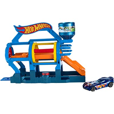 Hot Wheels Turbo Jet Car Wash Playset: Toys & Games