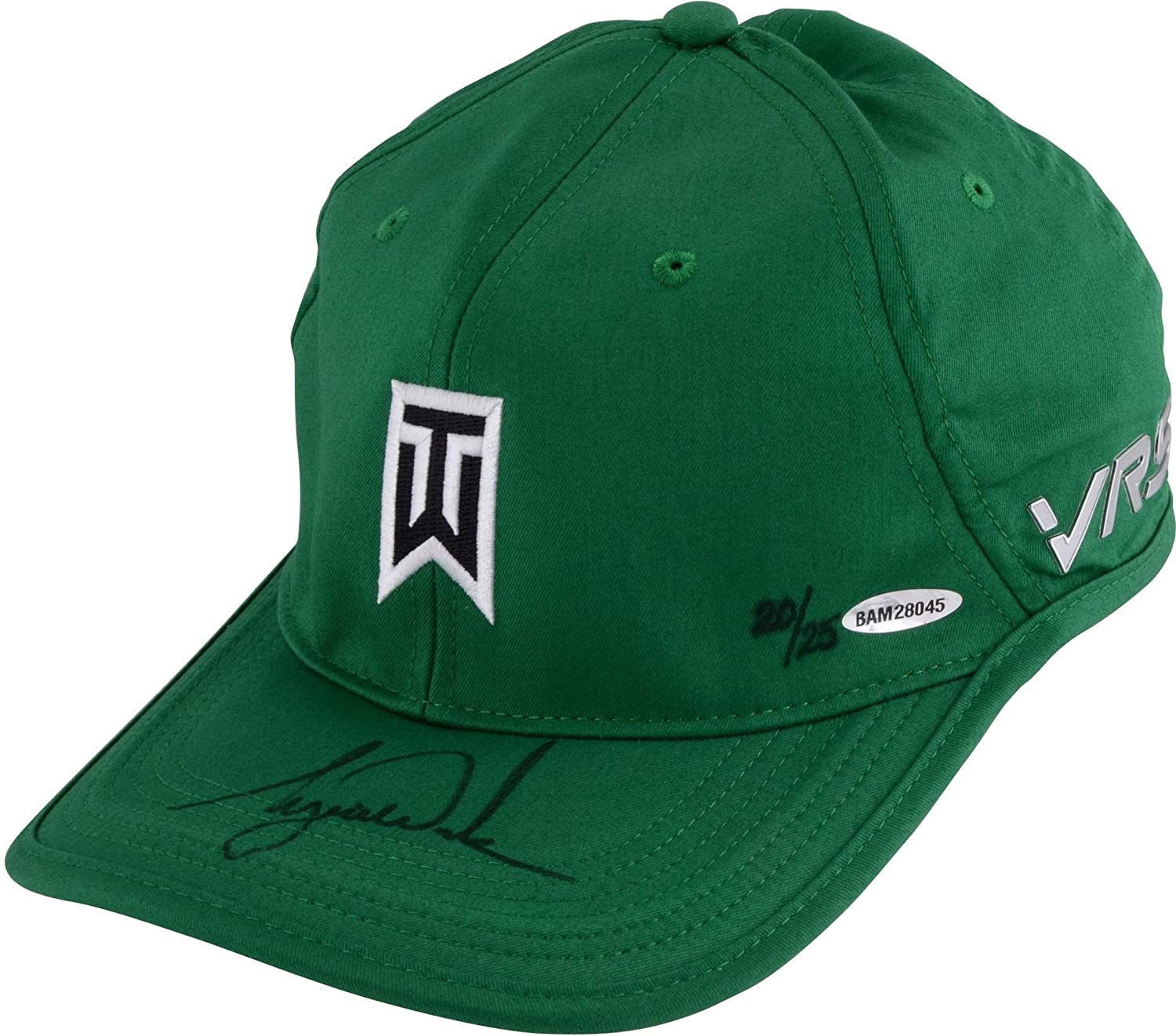 b795e0938bc11 Tiger Woods Autographed Green Nike Victory Hat - Upper Deck - Fanatics  Authentic Certified - Autographed Golf Hats and Visors at Amazon s Sports  ...
