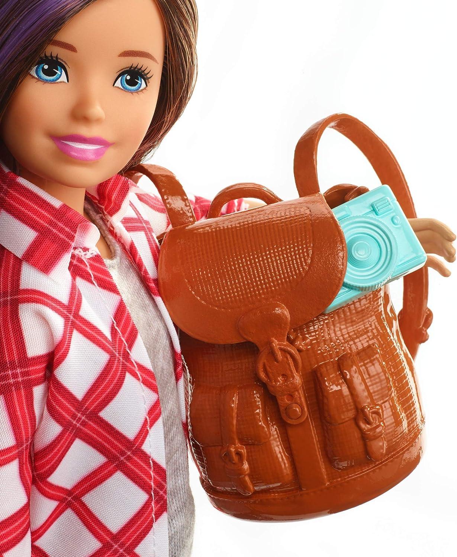 Barbie TRAVEL SKIPPER BRUNA Bambola con accessori