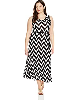 d306368fa9 Star Vixen Women's Plus Size Sleeveless Round Neck Maxi Dress with Color  Piping