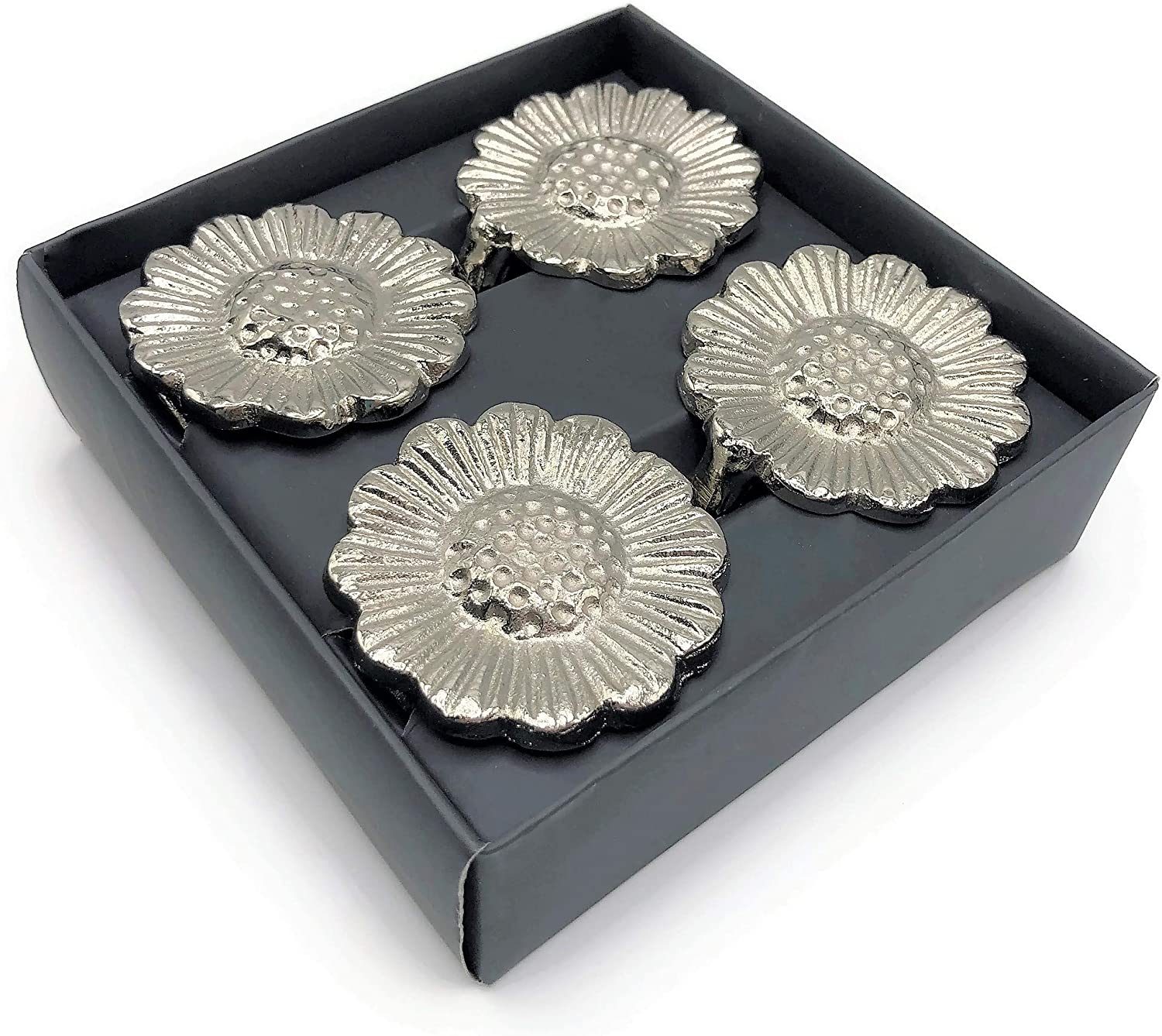 Sturdy Weight Ring for Beautiful Table Settings Kassatex Fine Linens Set of 4 Silver Plated Sunflower Napkin Rings Family Gatherings Everyday Place Settings Dinner Parties