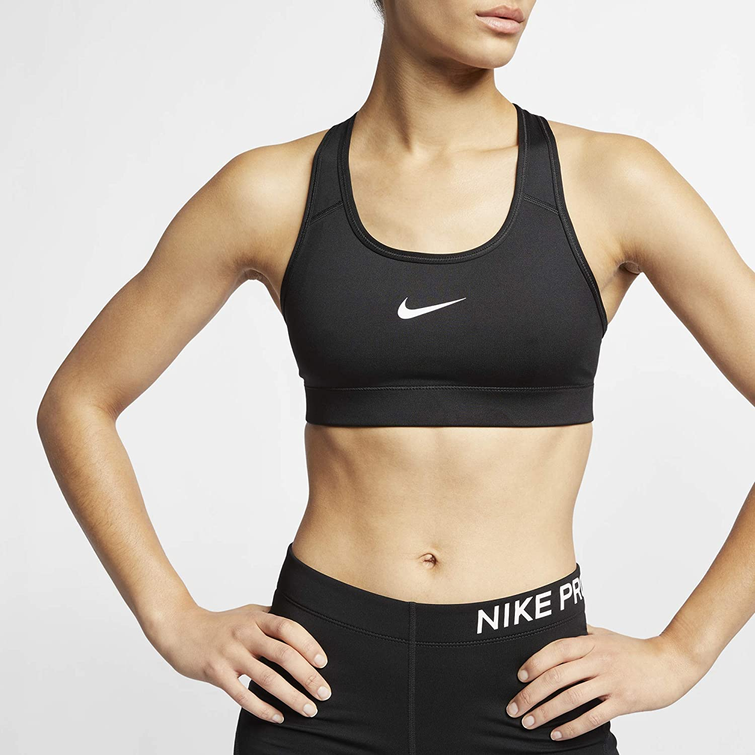 Amazon Com Nike Women S Victory Compression Sports Bra Nike Clothing