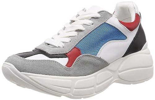 08443a51b66ca Steve Madden Memory Sneaker