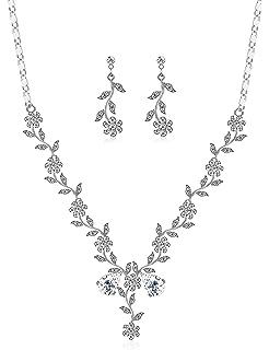 786b55743fedf Milacolato Ensemble De Bijoux De Mariage Cristal Fleur Feuille Boucle  d'oreille Collier Ensemble De