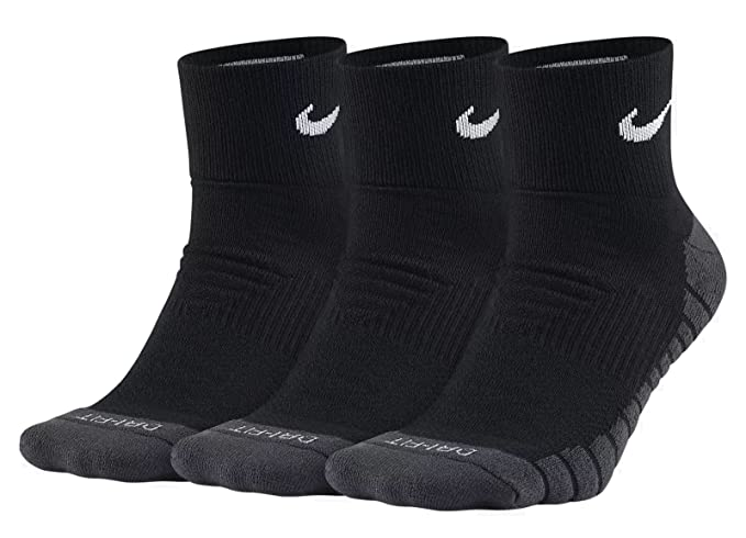 5e4bdd5be Amazon.com: Nike Dri-Fit Half Cushion Quarter Socks (3 Pack): Sports &  Outdoors