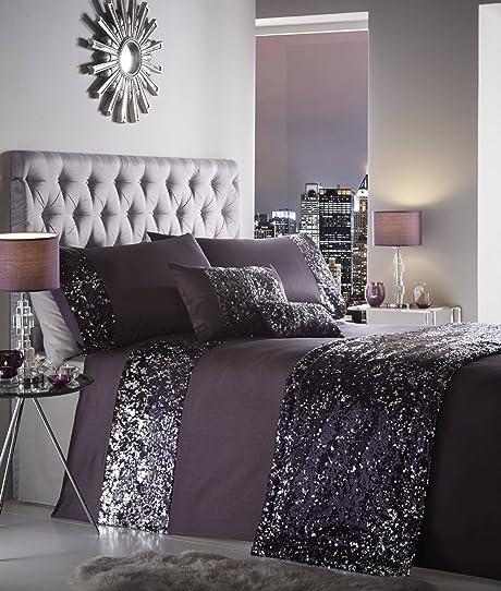 dessus de lit moderne great dessus de lit matelass pices couvre lit avec taies duoreillers. Black Bedroom Furniture Sets. Home Design Ideas