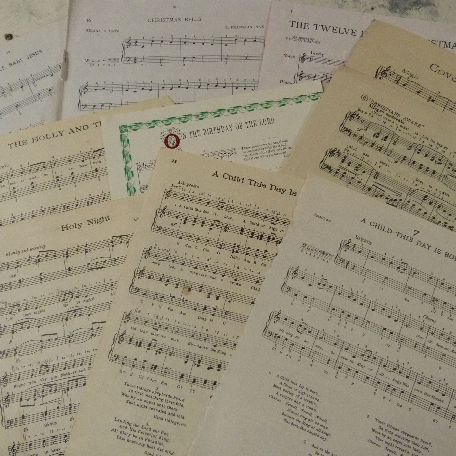 art craft decoupage cards 10 sheets Vintage CHRISTMAS SONGS sheet music paper