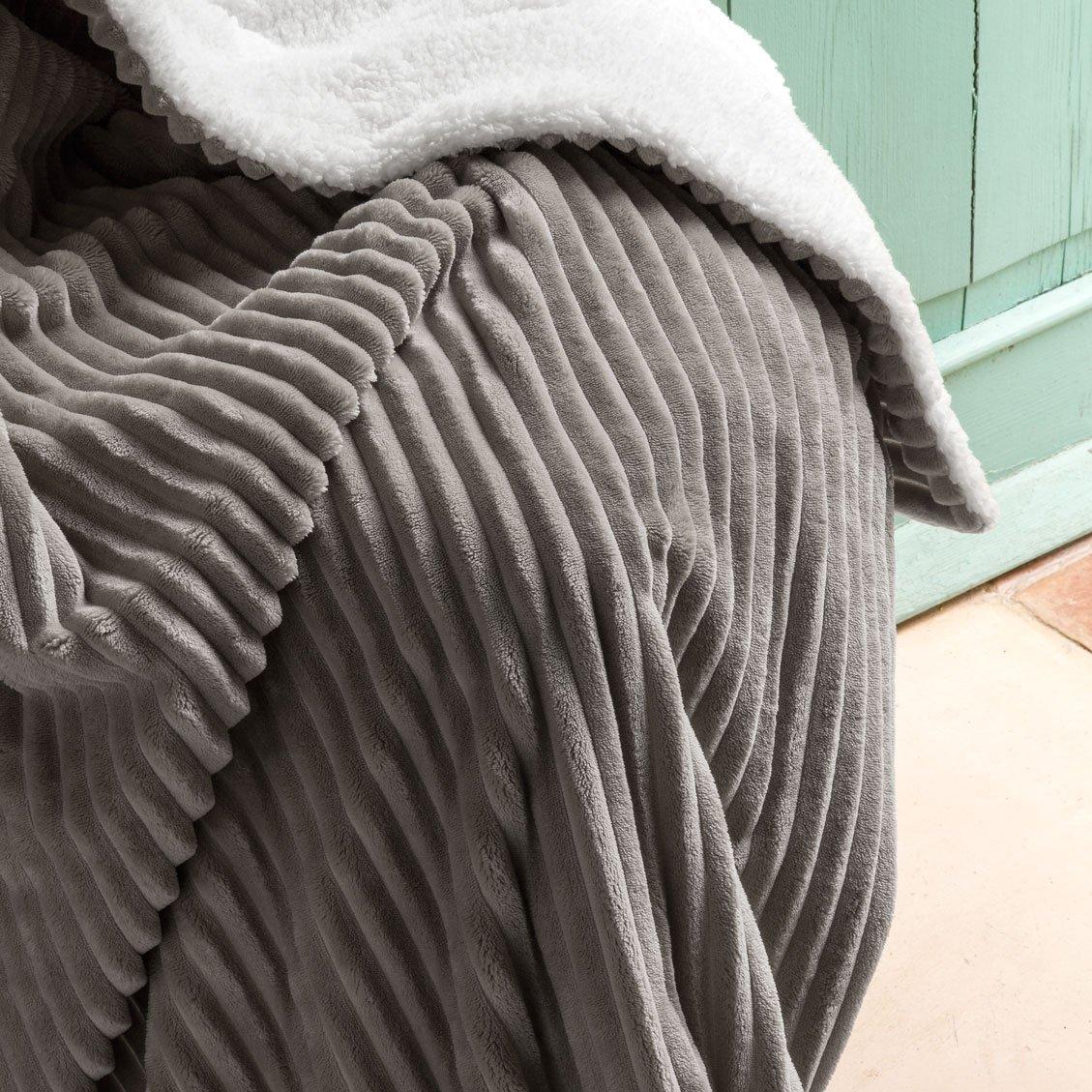 Barceló Haus – Plaid Canale 130 x 160 cms. 220x240 cm 26 Grau