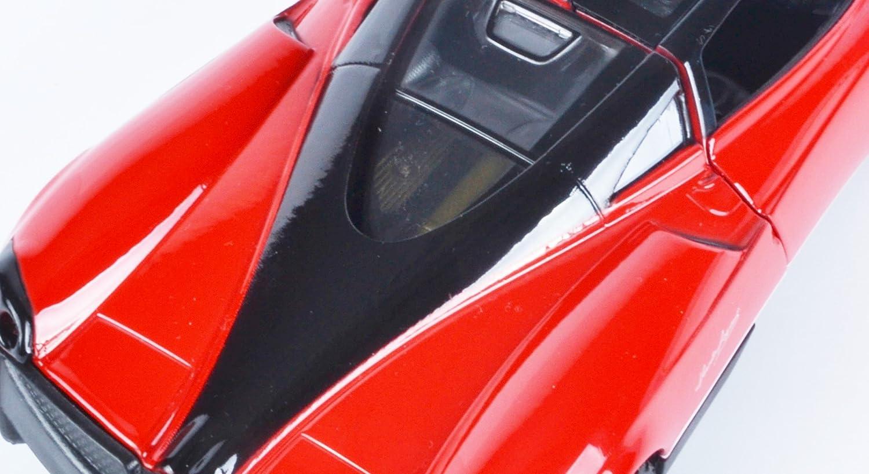 Motormax Pagani Huayra Coupe Rosso 1//24 Modello Auto