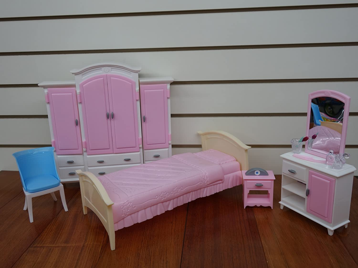 Amazon.com: Barbie Size Dollhouse Furniture- Bed Room & Wardrobe ...