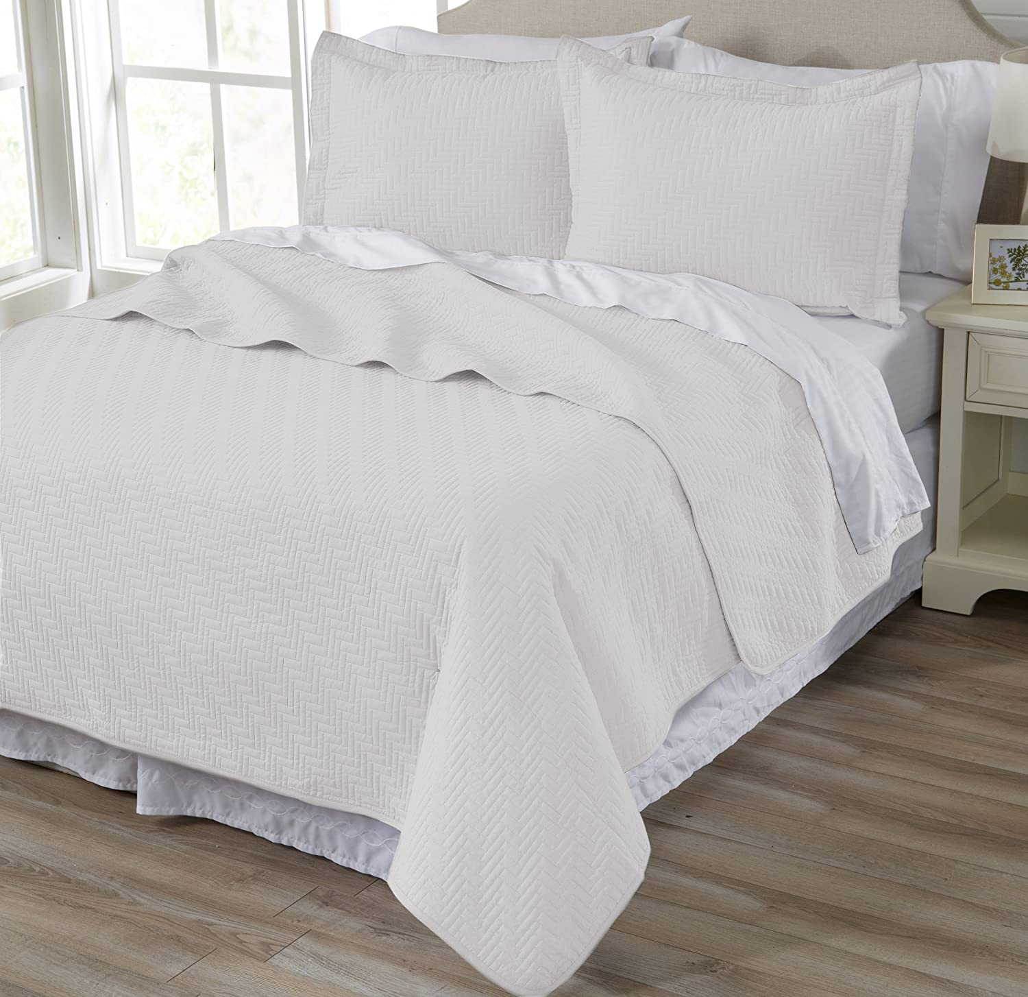 Home Fashion Designs 2-Piece All Season Quilt Set. Twin Size Quilt with 1 Sham. Soft Microfiber Bedspread and Coverlet. Emerson Collection (Cloud Grey)