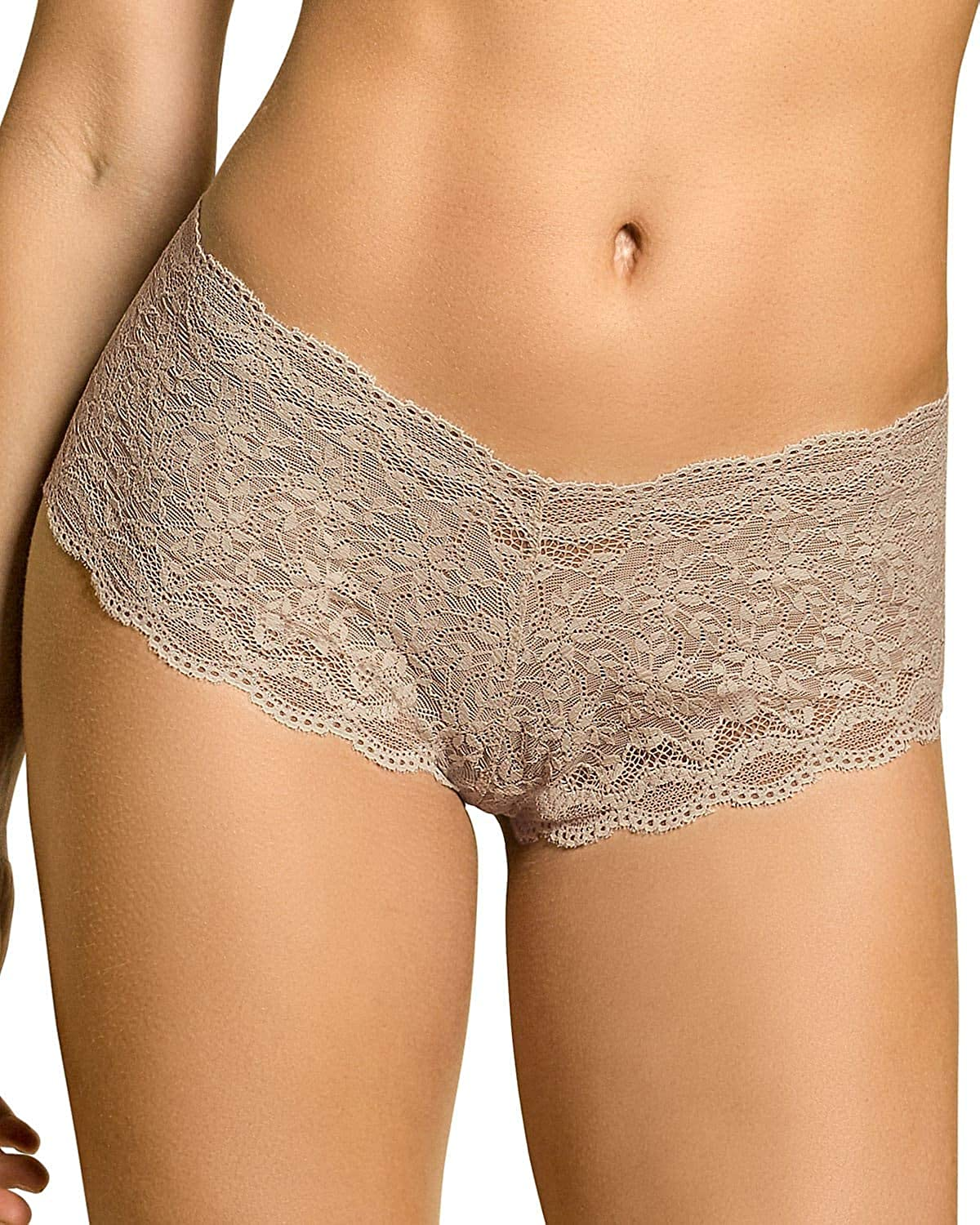 Hiphugger Style Panty in Modern Lace