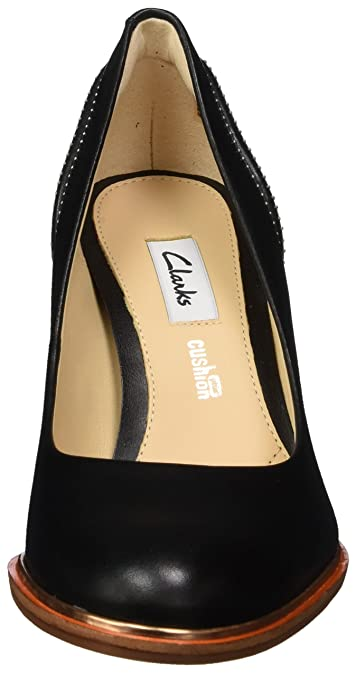 aa8f7b3068e Clarks Women s s Ellis Edith Closed-Toe Pumps  Amazon.co.uk  Shoes   Bags