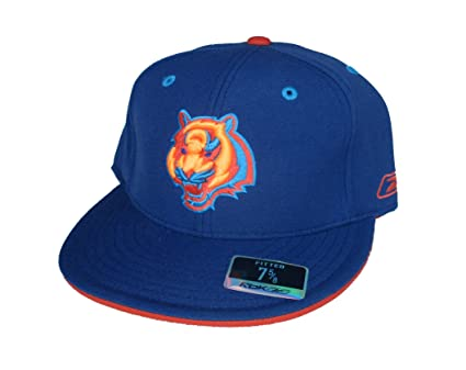 Image Unavailable. Image not available for. Color  NFL Team Apparel Cincinnati  Bengals Fitted Size 7 5 8 Hat Cap ... 805ef12d0754