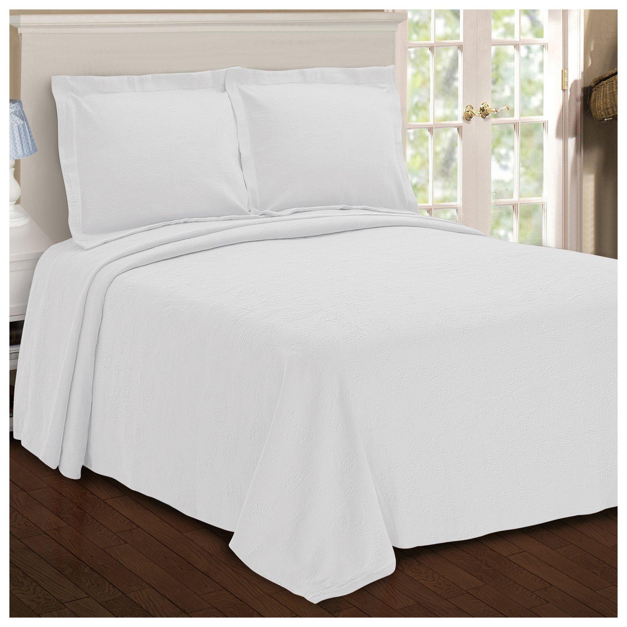 Superior Paisley Jacquard Matelassé 100% Premium Cotton Bedspread with Matching Shams, King, White