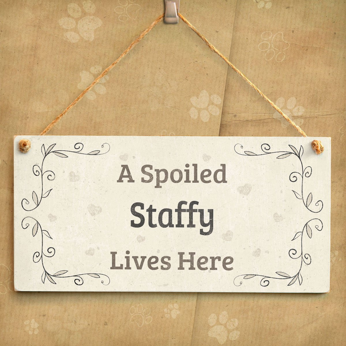 Pretty Home Accessory Gift Sign for Staffy Dog Owners 10x5 Meijiafei A Spoiled Staffordshire Bull Terrier Lives Here