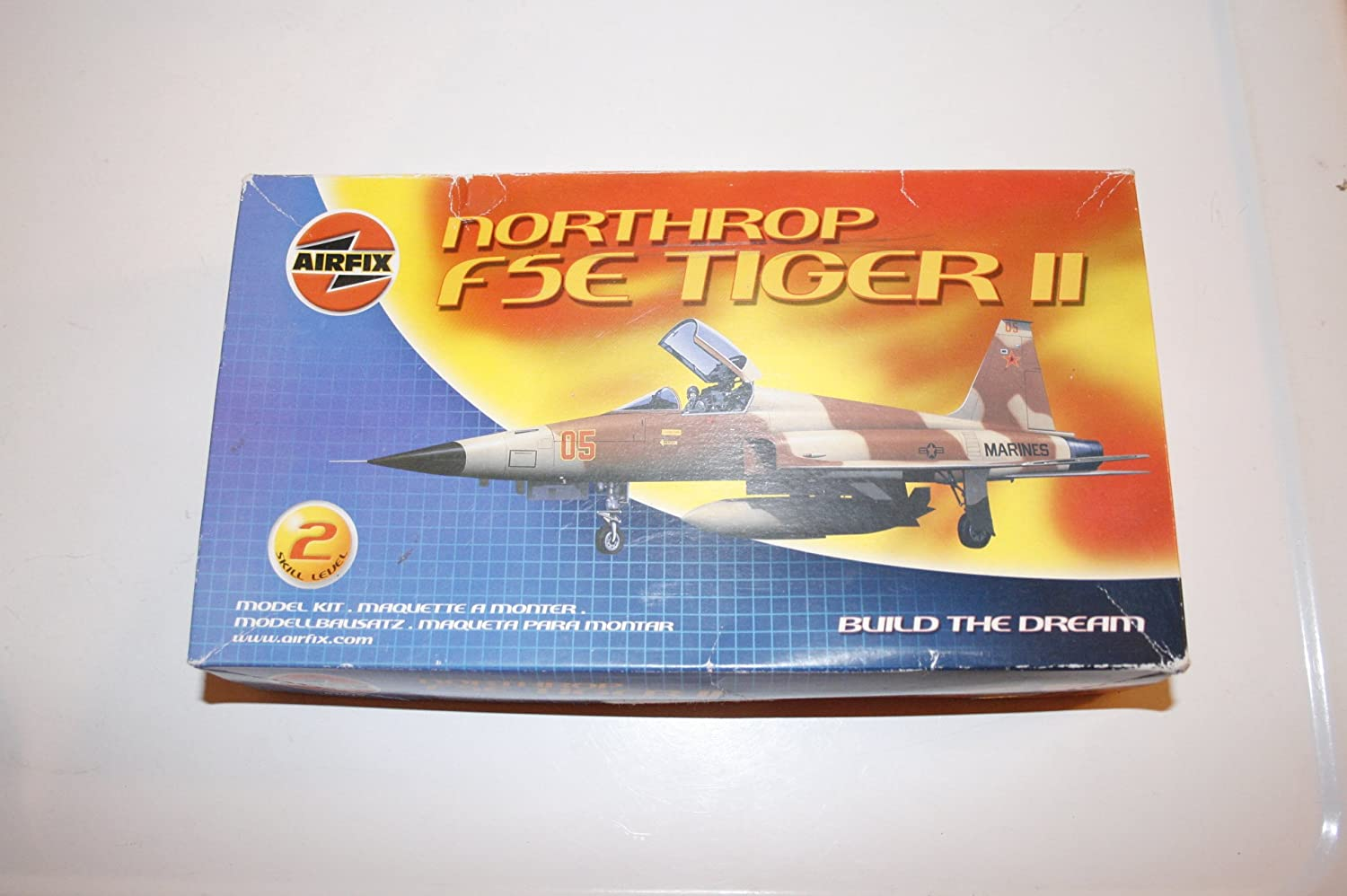 Amazon.com: Airfix Northrop F5E Tiger II Model Kit #02020 ...