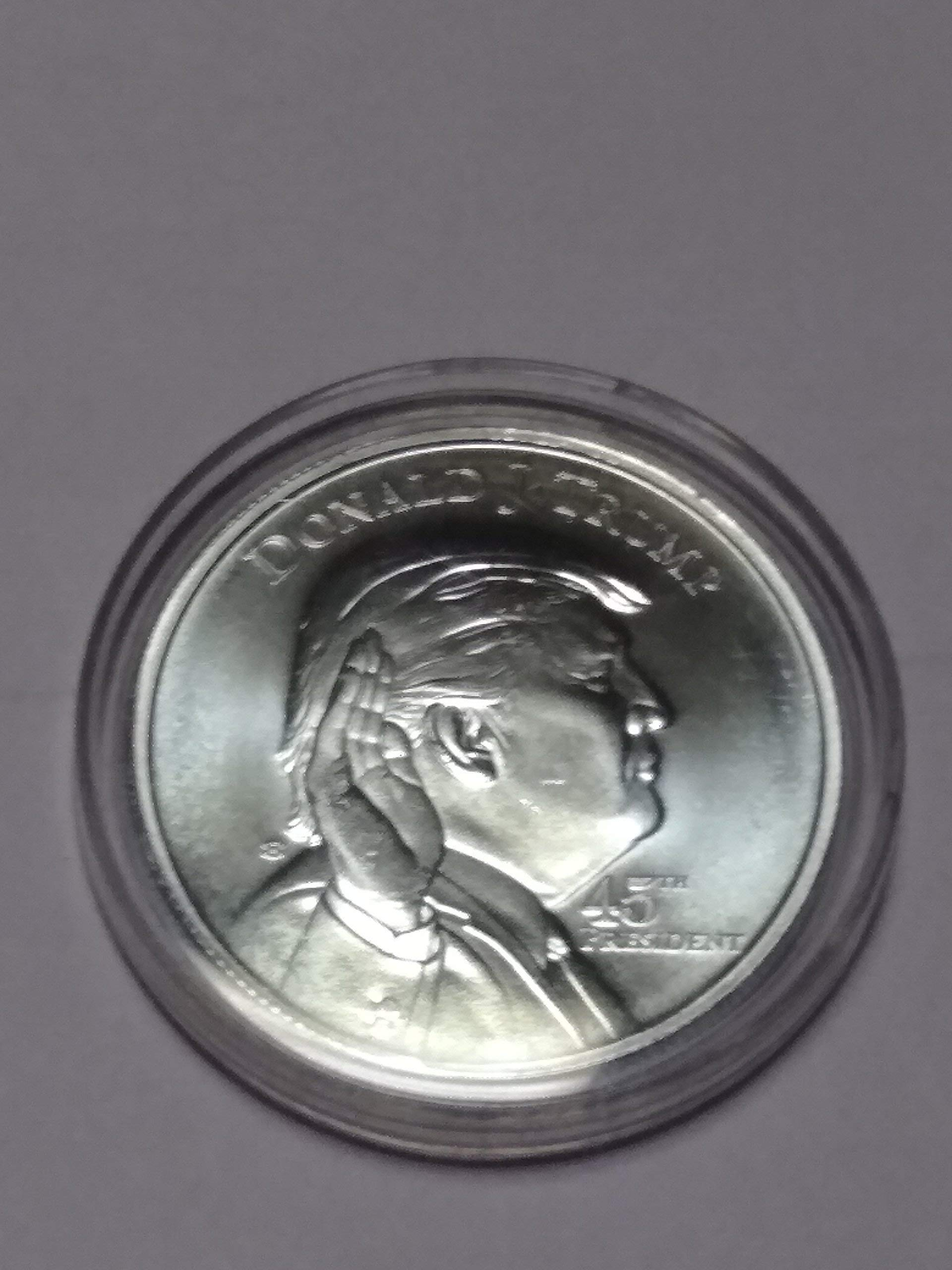 Uncirculated Donald Trump 45th Presidential, White House Private Mintage, Limited Edition Mint. 1 Troy Oz .999 Fine Silver Round in Plastic Protection case.
