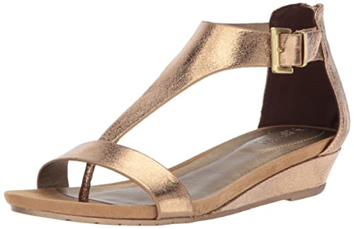 1413a4a7a99 Kenneth Cole REACTION Women s Great Gal Wedge Sandal  Amazon.ca ...