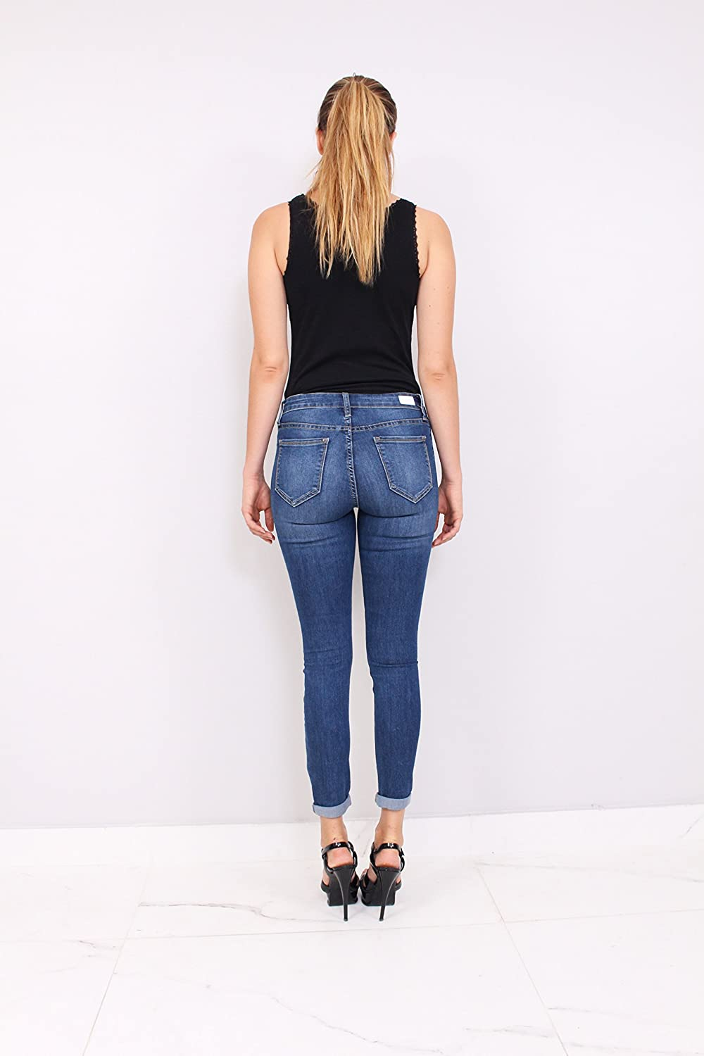 d3821f6e8368 Cello Jeans Women Middle Rise Ankle Skinny Jeans with Rolled Hem at Amazon Women's  Jeans store