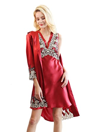 e5c71f5877d5 CLC Women s Pure Mulberry Silk Pajama Set Two-Piece Robe Nightgown at  Amazon Women s Clothing store