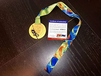 5a524b6130ebfd Image Unavailable. Image not available for. Color  Usain Bolt Signed 2016  Olympics Replica Gold Medal RIO Brazil CERT ...